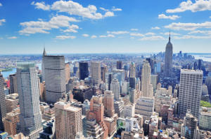 New York City Manhattan panorama. (Credit: © rabbit75_fot / Fotolia)